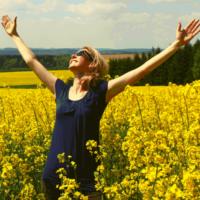Comment une compréhension théorique peut nous permettre de comprendre les bénéfices d'une prière de gratitude efficace?